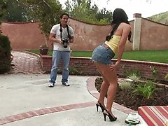 Hot asian babe does a private strip show