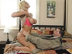 Huge titted Mempis gets on sucking cock