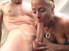 Blonde big dick blowjob and hardcore fuck for Payton Leigh