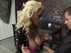 Sexy bitch in tight spandex strips and sucks off