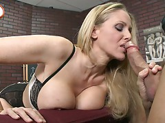 Blowjob from big tits teacher whore Julia Ann in the class