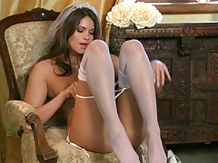Solo super hot glamour babe Aspen Rae trimmed pussy close up fingering