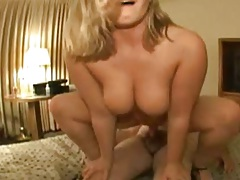 Full figured but sexy Katlynn rides cock in the motel room sex