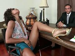 Nympho slut Misty going down on doctor