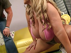 Big tits bbw Samantha 38g comes in for a work out
