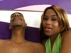Ebony girl Ryder Cummings moving into a blowjob