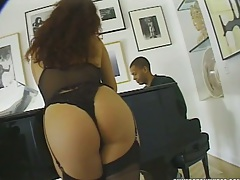 Nice round ass girl Erika Bella in lingerie in group sex