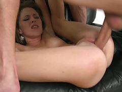 Autumn gets ripped and sits on dick