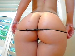 Great oiled up ass round and big for an interracial fuck