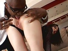 Eating out crisp white ass slut RayVeness and she sucks big black cock