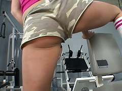 Amazing hot ass in hotpants at the gym with Victoria White