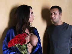 Milfs like it big with Ariella and her new boyfriend