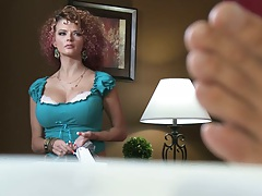 Hot milf Joslyn is Micks new gf