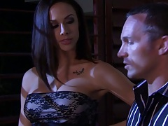 Jenny Hendrix and Kortney Kane group sex on the couch