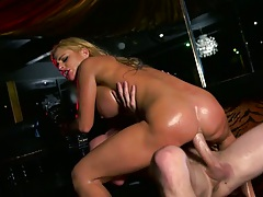 Nice milf anal cowgirl sex with ass to mouth and doggy style from Cathy Heaven
