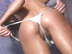 Wet arousing shower with Jamie Michelle nasty wet