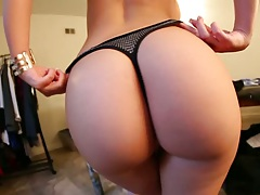 Great ass solo undressing from Melina Mason