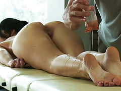 Oil massage with brunette Jayden Jaymes getting all wet