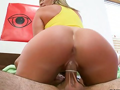 Cowgirl and group sex while others watch with Diamond Kitty