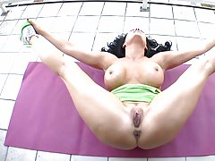 Vanilla Deville stretching naked outdoors